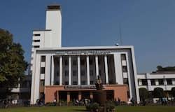 <p>IIT Kharagpur</p>