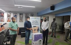 <p>Rajeev Chandrasekhar donated 15 Oxygen concentrators to save the lives of Covid affected patients.</p>