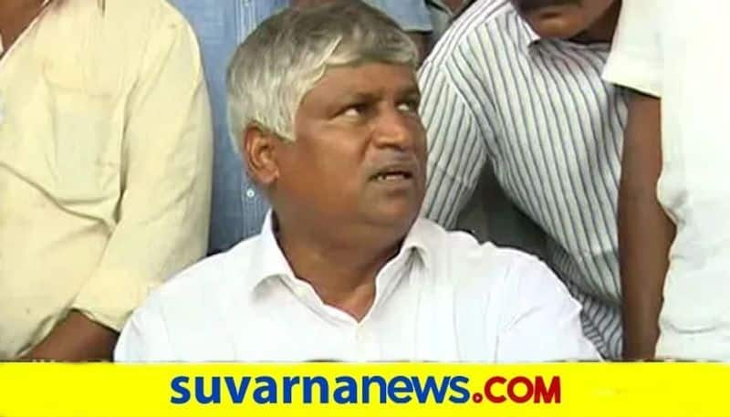 MLA Puttaraju Stayed in his Constituency Creates Awareness About Covid Wave snr