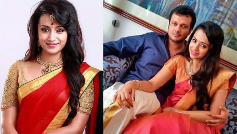 <p>4 मई, 1983 को चेन्नई की तमिल ब्राह्मण फैमिली में जन्मी त्रिशा ने 1999 में फिल्म 'जोड़ी' से डेब्यू किया था। माता-पिता की इकलौती संतान त्रिशा ने कई ब्यूटी कॉन्टेस्ट जीते हैं। वे 'मिस सलेम' और 'मिस मद्रास' भी रह चुकीं हैं।</p>