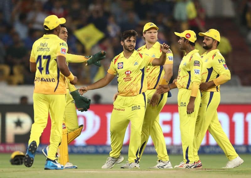 <p>The 2021 Indian Premier League has been a matter of headline throughout Monday after reports emerged that a couple of franchise had COVID positive members on their side. Kolkata Knight Riders and Chennai Super Kings were the teams involved.</p>