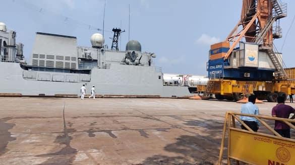 Karnataka import 40 metric tons of Oxygen from Bahrain says jagadish shettar ckm