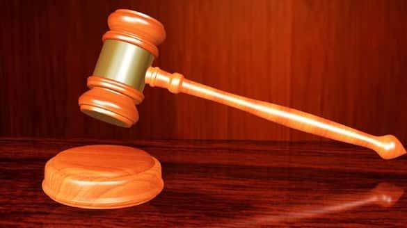 dress more like women husband says wife husband accused and cleared