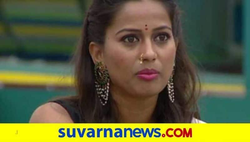 Theatre artiste Akshata Pandavapura introduces new mask generation