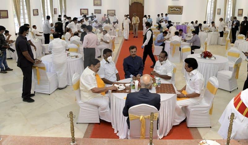 In Tamil Nadu Nehru and Gandhi will report to MK Stalin now mah