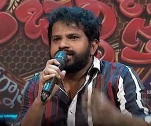 Hyper Adi apologise to Telangana people for his comments