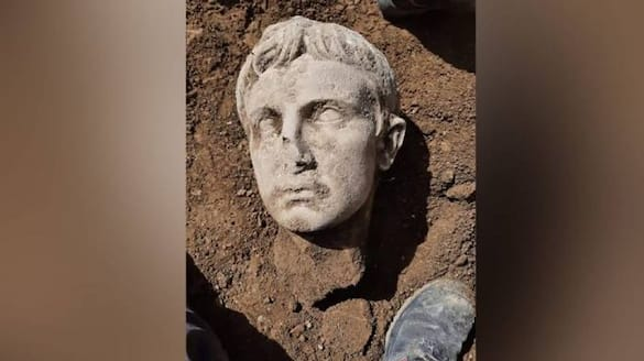 first Roman emperor 2000 year old head found