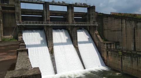 karappuzha dam opens as rain continues is catchment area
