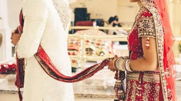 Birde calls off her wedding because groom could not read newspaper without spectacles uttar pradesh ckm