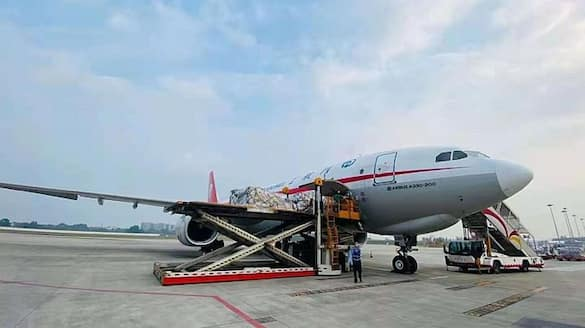 First Chinese Covid relief material lands in New Delhi-VPN