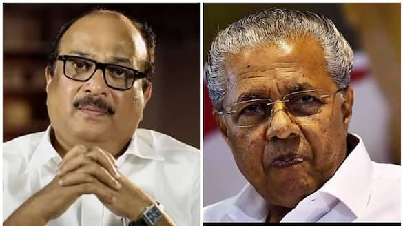 Pinarayi Vijayan  expressed his condolences on the death of  director Dennis Joseph