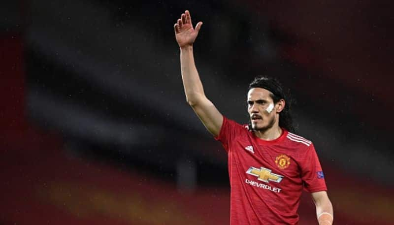 Edison Cavani extended one year contract with Manchester United