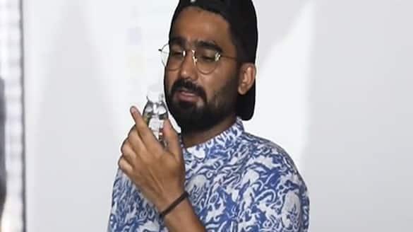 rajasthan royals playars rahul tewatia said i love you bottle PWA