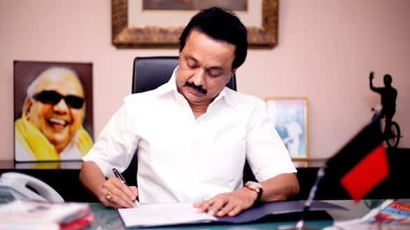 Chief Minister MK Stalin Chair all party meeting for corona pandemic situation