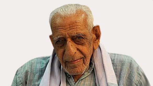 103 year old freedom fighter HS Doreswamy beats Covid-VPN