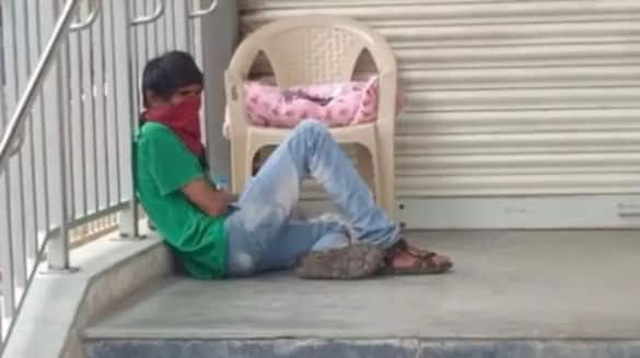 man waits Wife  outside the Covid ward, with 5-day-old baby in Secunderabad