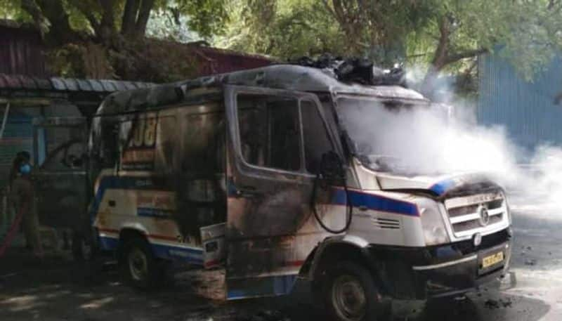 Ambulance catches fire in Coimbatore due to oxygen leak ksp