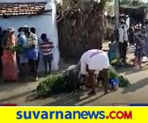 Coronamma installed in Chitradurga Perform Pooja and social distance ignored hls