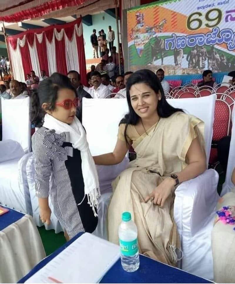 2014ರಲ್ಲಿ ಮಂಡ್ಯ ಜಿಲ್ಲಾ ಪಂಚಾಯತ್ ಸಿಇಒ ಆಗಿ ನೇಮಕಗೊಂಡು ಅಲ್ಲಿ ಪ್ರತೀ ಮನೆಯಲ್ಲಿಯೂ ಶೌಚಾಲಯ ನಿರ್ಮಾಣ ಮಾಡಿಸುವಲ್ಲಿ ಮಹತ್ವದ ಪಾತ್ರ ವಹಿಸಿದರು.