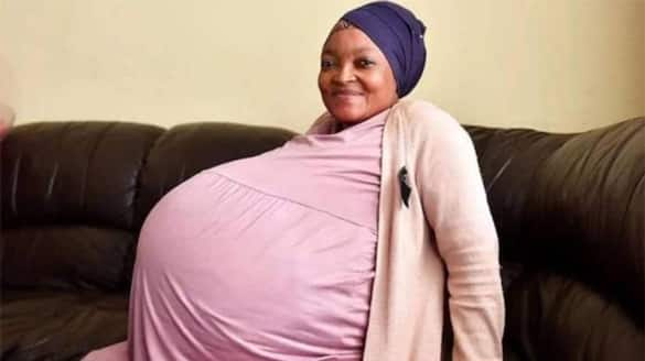 South African woman gives birth to 10 babies pod