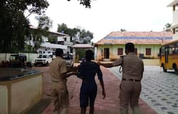 <p>police arrested criminals who used school as shelter</p>