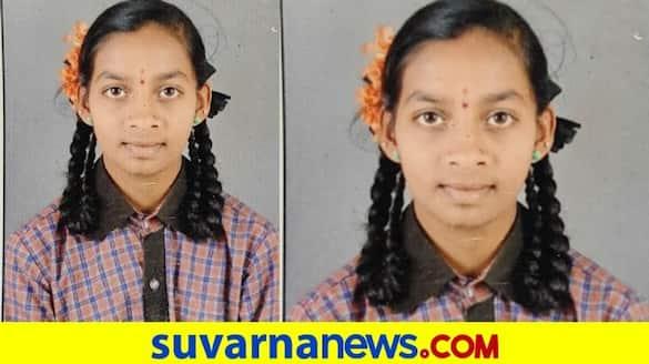 Belagavi gokak brave girl saves the life of men who drowned into water mah
