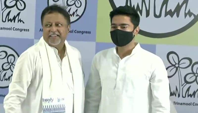 Mukul Roy returned to TMC and called Mamata Banerjee leader of the country BSM