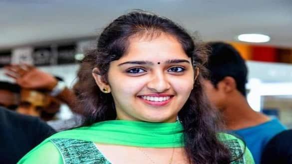 Sanusha slams trolls for body-shaming jsp