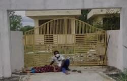 <p>Burial blocked of a COVID-19 dead body in Guntur</p>