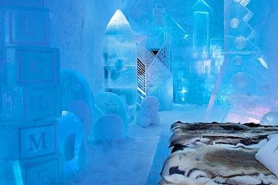 <p>ice hotel</p>
