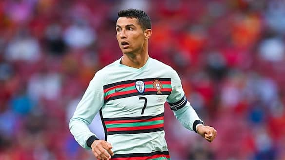 Cristiano brace helps Portugal winning start over Hungary in Euro Cup