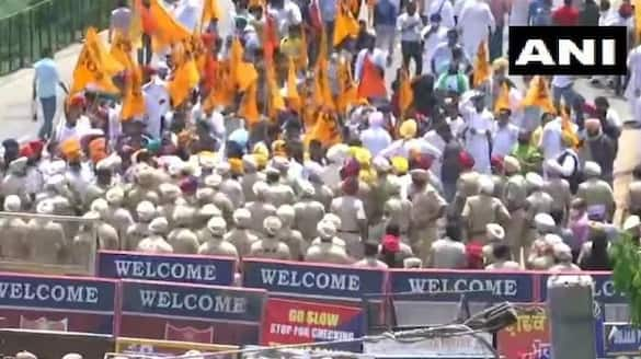 Shiromani Akali Dal Leaders and Workers Hold a Protest in mohali ksp
