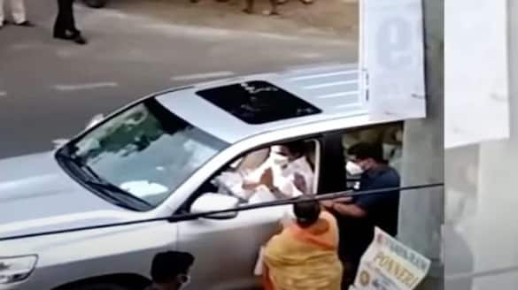 tamilnadu cm stalin stops his convoy after spotted a woman on roadside ksp