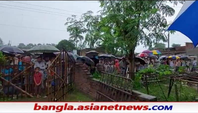 Youth arrested for allegedly killed 4 members of his family in Malda RTB