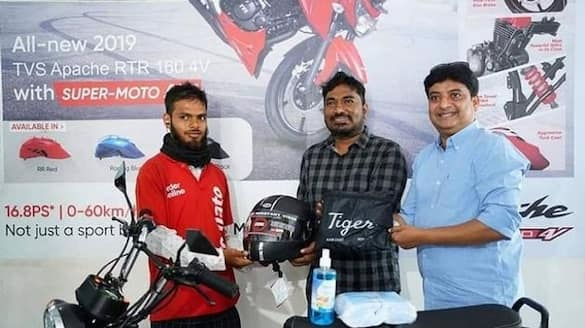 Hyderabad Netizens raise fund to gift bike to food delivery boy ckm