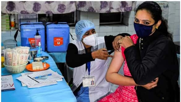 record vaccination in the country today 69 lakh doses were dispensed in 24 hours