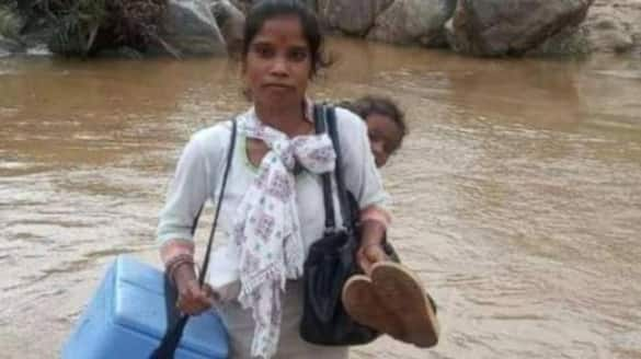 Photo Of Jharkhand Healthcare Worker went  viral
