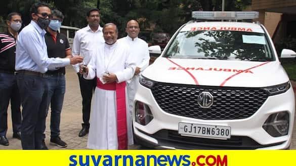 MG motors donate Hector ambulance to Bengaluru based NGO to fight againsit covid 19 ckm