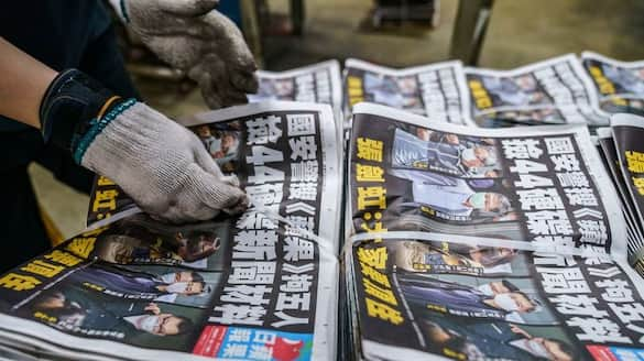 Hong Kong's pro-democracy paper Apple Daily forced to shut down, last edition sold out as free-press era ends-dnm