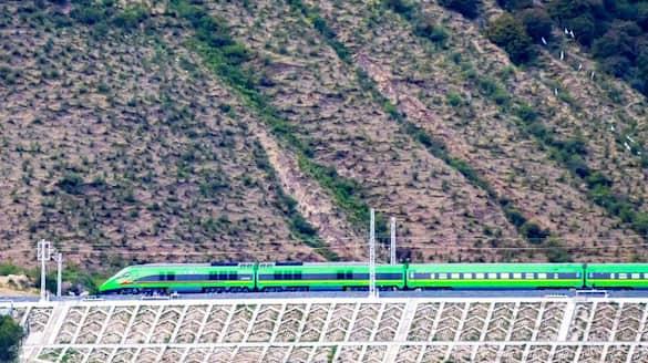 China inaugurates first bullet train in Tibet close to Arunachal Pradesh-dnm
