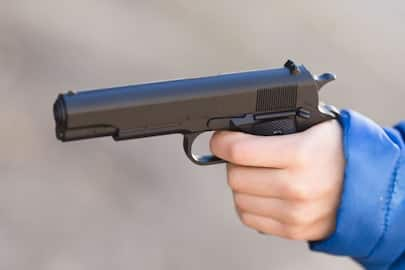 17-year-old comes out for early morning walk, allegedly shoots himself, stress suspected-ycb