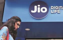 <p>Reliance Jio, Jio Emergency Data Loan, Reliance</p>