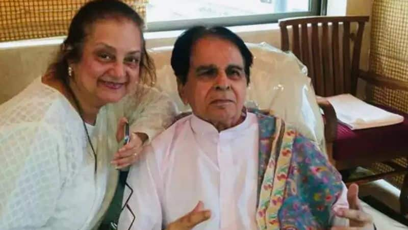 Actor Dilip Kumar passes away at age of 98