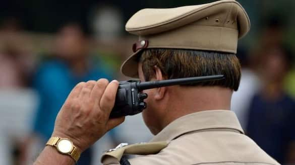 police case against sub inspector for misbehaving with policemen wife