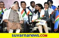 <p>PM Modi PV Sindhu</p>