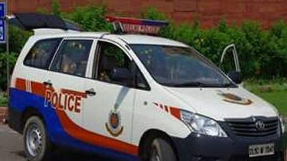 Faridabad cops save woman from jumping off metro station, wins internet lns