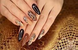 <p>nail extensions</p>