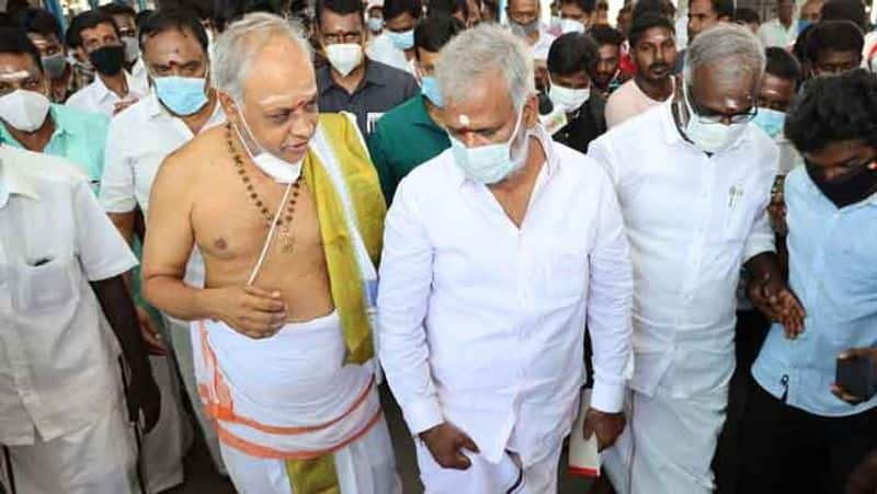 Did Minister Sekarbapu violate the government? Flying complaint to the Governor of Tamil Nadu ..!