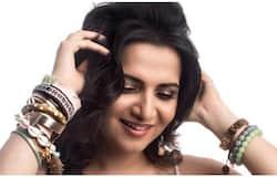 <p>divya dharshini</p>