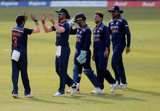 Team India beats Sri Lanka in First T20I, Indian bowlers impressed CRA